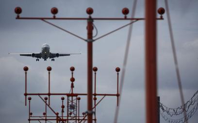 Fuzja AerCap-GECAS tak, IAG poczeka na Air Europa