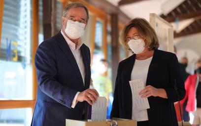 Armin Laschet głosował w towarzystwie swej żony Susanne