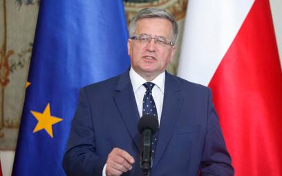 Bronisław Komorowski do Lecha Wałęsy: Nie jest pan sam