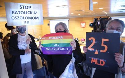 W Krakowie uchwała anty-LGBT nadal będzie obowiązywać