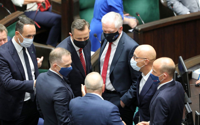 Gowin: Okręt Kaczyńskiego nabiera wody
