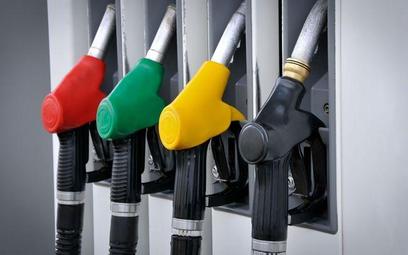 Samochody służbowe: nie ma PIT za paliwo - wyrok NSA