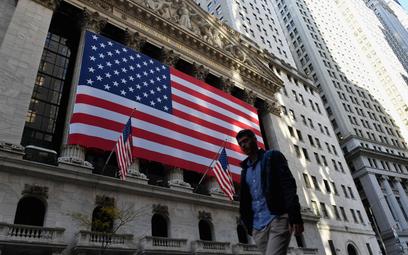 Lekkie zwyżki na Wall Street po szturmie na Kapitol