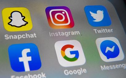 Serwisy Facebooka notują gwałtowny wzrost ruchu. Hitem połączenia grupowe