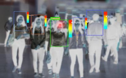 Dzięki czujnikom i technologii cyfrowej można zdalnie odczytać temperaturę ciała nawet dużej grupy o