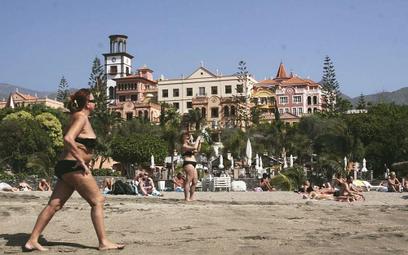 Hiszpania otwiera się na turystów z unijnym certyfikatem