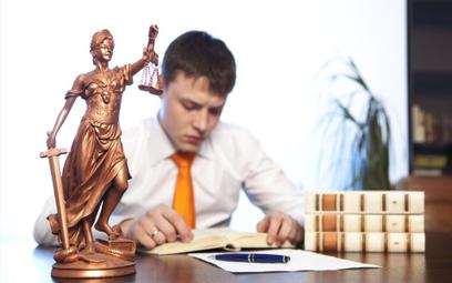 Wynagrodzenia aplikantów adwokackich i radcowskich w regulaminie aplikacji
