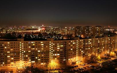 W stolicy około 100 tys. mieszkańców bloków spółdzielczych nie ma prawa do gruntu, ponieważ ich domy