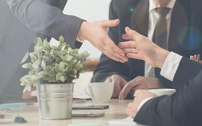 Antybiznesowy charakter wymogu formy aktu notarialnego dla umów spółek kapitałowych na tle prawa Delaware