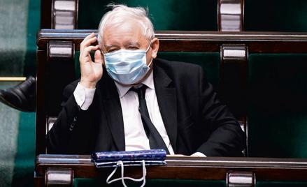 Od montowania koalicji dla Mazowieckiego po faktyczne jedynowładztwo? Jarosław Kaczyński w Sejmie, 1