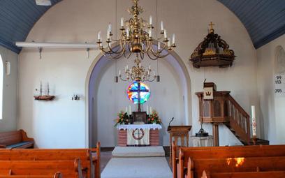 Niemcy: Skandale pedofilskie Kościołowi nie szkodzą