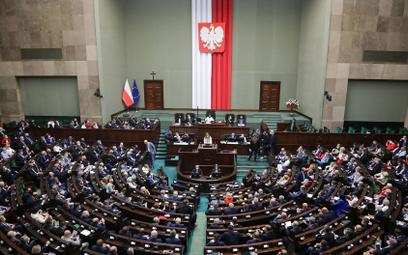 """""""Lex TVN"""" w Sejmie po dymisji Gowina - relacja na żywo"""