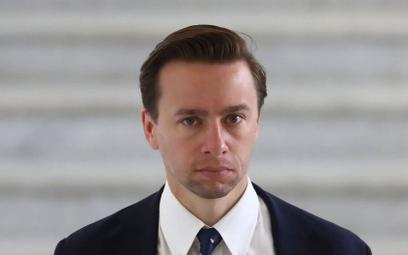 Bosak: Przez PiS niedługo nikt normalny nie będzie chciał inwestować w Polsce