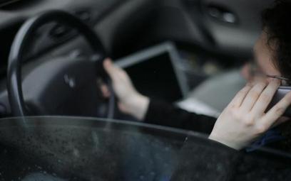 Służbowy samochód i telefon nie są przychodem