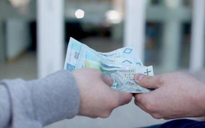 Przestępstaw podatkowe: oszuści szukają doradców