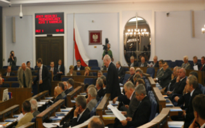 Samorządowcy szturmują Senat