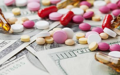Leczenie HIV/AIDS - resort zdrowia chce zaoszczędzić na lekach