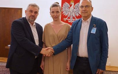 Na zdjęciu z ministrem Ardanowski adwokatka Karoilina Kuszlewicz - działaczka społeczna, feministka