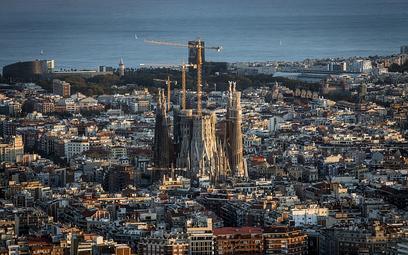 Barcelona: Masz na podróż 600 euro dziennie? Zapraszamy do nas