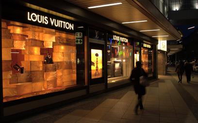 Louis Vuitton mówi: dość przemocy domowej. I zaczyna działać