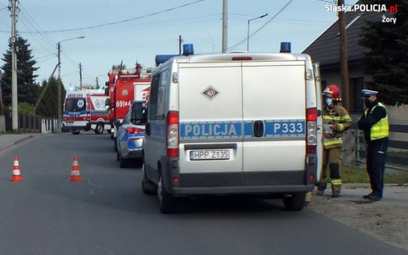 30-letni kierowca seata zasnął za kierownicą samochodu. Mężczyzna potrącił w Żorach dwoje pieszych.