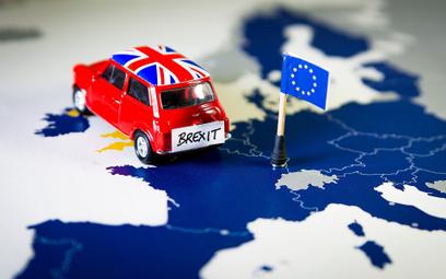 Motoryzacja na kursie kolizyjnym z bezumownym Brexitem