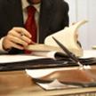 Przed zawarciem kontraktu warto sprawdzić nową firmę kontrahenta, zadbać o odpis z Krajowego Rejestr