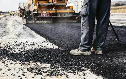 Program Budowy Dróg Krajowych. Coraz więcej tanich ofert na budowę szybkich dróg