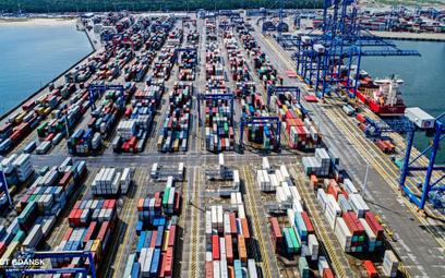 Słaby marzec dla logistyki. Problemy na morzu i lądzie