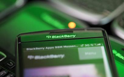 Blackberry wychodzi na prostą