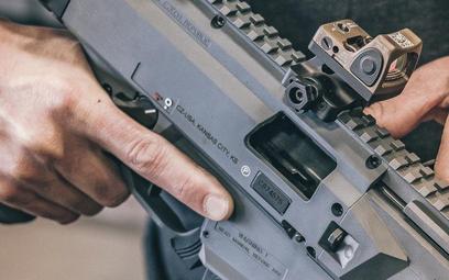 Czeski producent broni idzie na giełdę. Pierwsze IPO od 4 lat