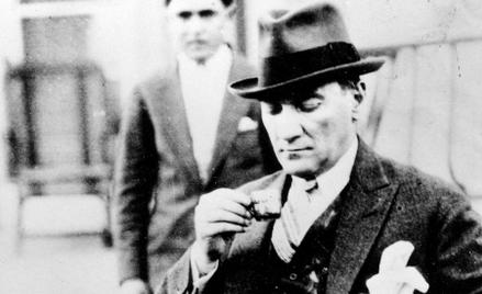 Mustafa Kemal – kawa i kapelusz. Europa jak się patrzy