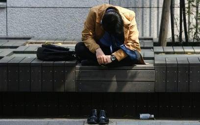 Młodzi Polacy zestresowani i mało zaangażowani w pracy