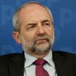 Juliusz Braun jest wykładowcą Collegium Civitas, był posłem na Sejm i prezesem TVP, autorem wielu pu
