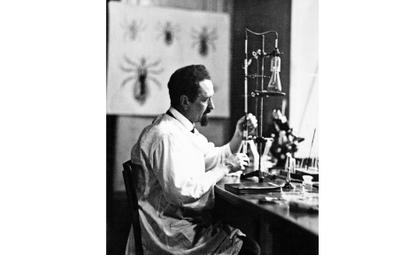 W 1948 r. władze komunistyczne udaremniły plany przyznania prof. Rudolfowi Weiglowi (1883–1957) Nagr