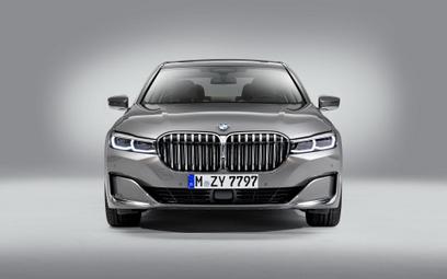 BMW wycofuje z oferty najmocniejszego diesla i silnik V12