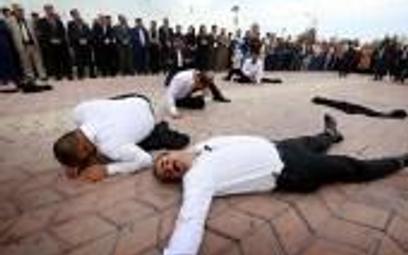 Arbil, stolica irackiego Kurdystanu. Dzisiaj wspominano ofiary ataku chemicznego z 1988 roku