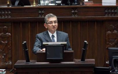 Posłowie PO inwestują w akcje wbrew zaleceniom Tuska