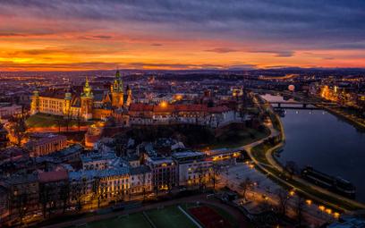 Smog w Krakowie straszy mniej, ale to nie koniec wyzwań