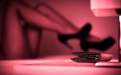Niskie wyroki i zyski sutenerów