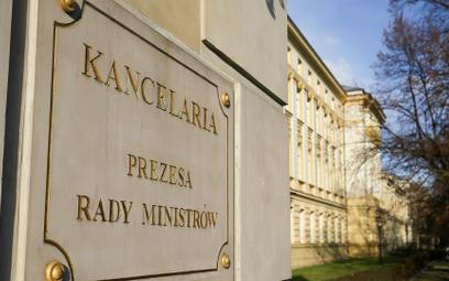 Kancelaria Premiera kontroluje etykę urzędników