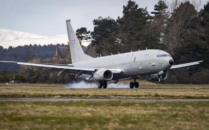 Drugi Poseido MRA1 ZP802 City of Elgin ląduje w bazie Kinloss w Szkocji. Fot./Crown Copyright.