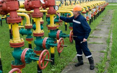 Gazprom zrzuca maskę, wstrzymuje przepływ gazu przez Ukrainę i Polskę