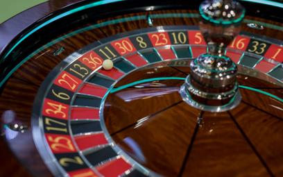 E-kasyna podbijają sieć. Polacy wydają tu astronomiczne sumy