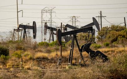 Gaz tanieje, ropa drożeje i co dalej?