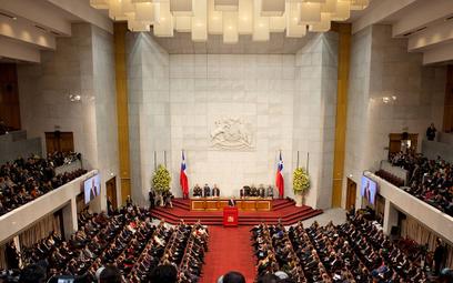 Chile: Mieszkańcy znów będą mogli wycofać pieniądze z funduszy emerytalnych?