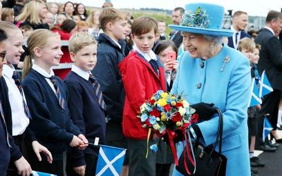 Co Elżbieta II powiedziałaby po wybuchu wojny?