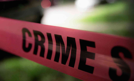 Policyjna taśma wokół miejsca zbrodni