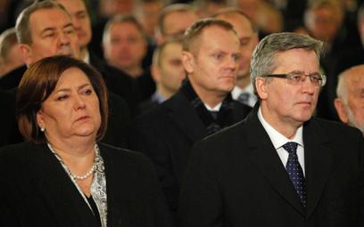 Prezydent Bronisław Komorowski z żoną Anną na pogrzebie Zbigniewa Romaszewskiego
