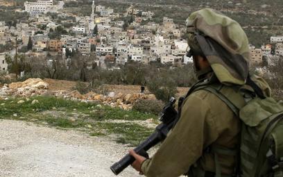 Izrael: Żołnierze aresztowali parlamentarzystę z Palestyny
